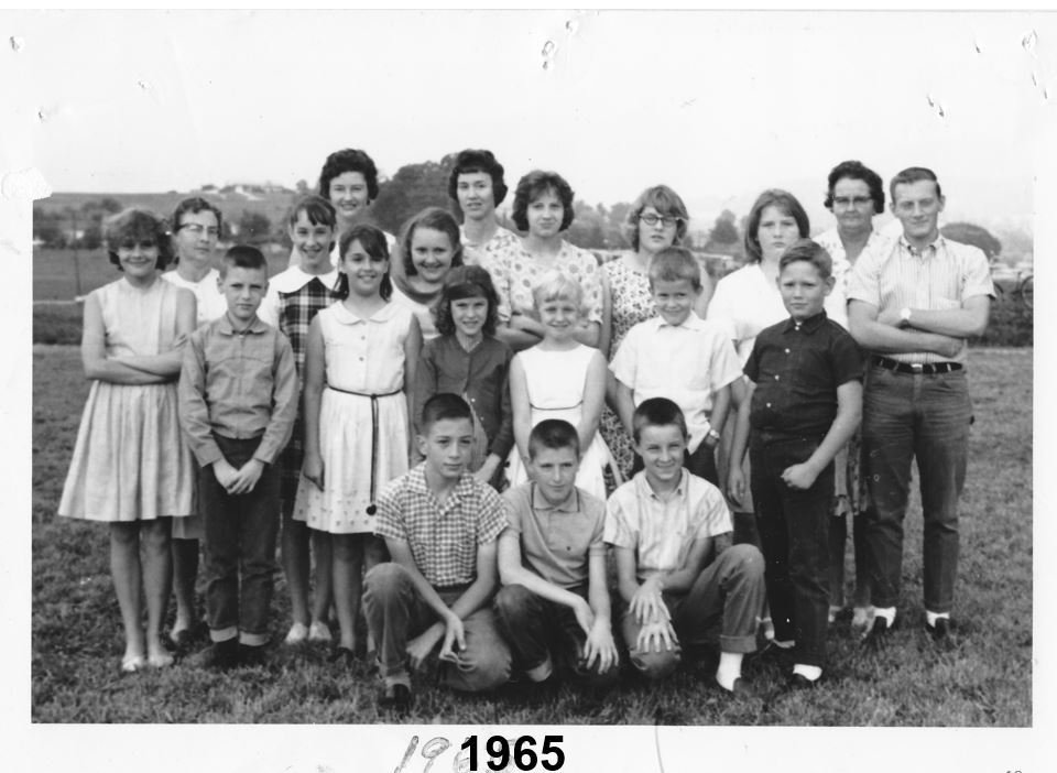 Youth 1965 Crestview Baptist Church.JPG